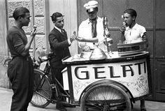 Tekneitalia - old ice cream cart - un vecchio carretto gelati - Belbon, gelati buoni.