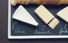 También puedes usarla en bandejas, por ejemplo, para marcar diferentes tipos de queso.
