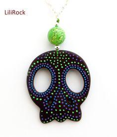 http://www.alittlemarket.com/collier/collier_tete_de_mort_customisee_-4215651.html 25 euros