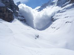 Avalanche risk in Piedmont, many plants closed- SALUZZO. Rischio valanghe in Piemonte, molti impianti chiusi SALUZZO. Avalanche risk in Piedmont, many plants closed - Flora, Paradise, Vacation, Mountains, Architecture, Plants, Travel, Outdoor, Susa