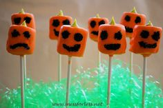 Here is a super easy idea for a kids Halloween treat that gets rave reviews at our house. These pumpkin pops would be great for a Halloween party or to share with neighbors. We just made some for a Halloween snack at home, so you don't really need a special reason. These would be perfect …