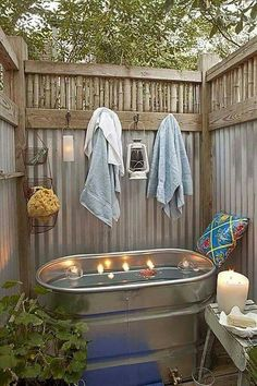 Tub- hip and humble home