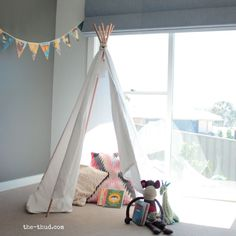 Looking for some fun and easy home projects for kids that you can do together? You'll love making these easy DIY home projects with your young ones. Science Projects For Kids, Crafts For Kids To Make, Home Projects, Cool Bedrooms For Boys, Kids Bedroom, Bedroom Ideas, Diy Kids Teepee, Diy Tent, Teepee Tent