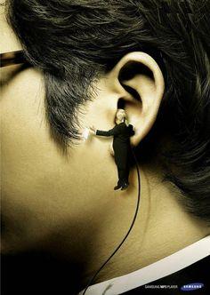 Samsung's Creative Ear phone