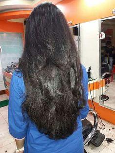 ριntєrєѕt✦∙∘≫✧⇝ fruityanji ☪ Long Dark Hair, Long Layered Hair, Beautiful Long Hair, Gorgeous Hair, Loose Hairstyles, Straight Hairstyles, Shot Hair Styles, Long Hair Styles, Long Indian Hair