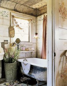 rustic tin ceiling tiles in bath with weathered board walls, pendant light.just simple. It's so shabby chic vintage bathroom Rustic Bathroom Designs, Bathroom Design Luxury, Bathroom Interior, Tuscan Bathroom, French Bathroom, Bathroom Vintage, Antique Bathtub, Vintage Bathtub, Master Bathroom