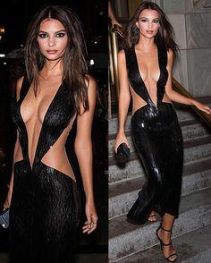 Impresionante Emily RataJkowski con un vestido negro brillante. Inspírate para una cena fuera con tu chico y caerá en tus redes.   #models #vestido #sexy #negro
