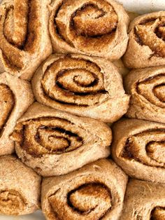 Healthy Vegan Cinnamon Rolls made with NO yeast! A delicious and easy cinnamon roll recipe that is ready in under 30 minutes! Plus no refined sugar! Oat Flour Recipes, Baking Recipes, Vegan Recipes, Bread Recipes, Non Dairy Butter, Vegan Butter, Vegan Cinnamon Rolls, Vegan Carrot Cakes, Grass Fed Butter