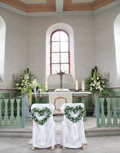 Church wedding decoration: 65 magical church decoration ideas Wedding flowers, we Church Wedding Decorations, Ceremony Decorations, Wedding Centerpieces, Post Wedding, Free Wedding, Wedding Blog, Magical Wedding, Wedding Ideas, Wedding Chairs