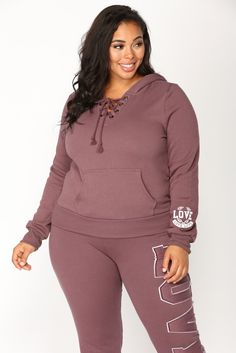 Curvy girl active wear comfortable and classy.