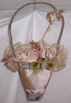 Large ANTIQUE Silk Ribbonwork/RIBBON Roses Basket Applique
