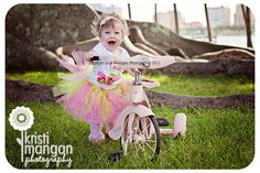 Trisha Varney, photography, set designer, styled shoot, props, rustic fields, #KristiManganPhotography, #highchair #pink #baby #birthday #tutu