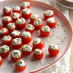 ▷ 1001 + delicious and quick finger food recipes - Fingerfood Thanksgiving Appetizers, Holiday Appetizers, Zucchini Chips Recipe, Shrimp Appetizers, Salmon Appetizer, Cheese Bites, Party Buffet, Snacks Für Party, Finger Foods