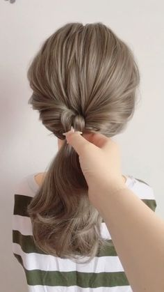 """Women Casual Hair Style, Easy hairstyles, """" Every hair style that can be named leisure will certainly bring elegant temperament, making girls look as if they are the grass and trees of nature, v. Vintage Hairstyles For Long Hair, Vintage Hairstyles Tutorial, Casual Hairstyles, Trending Hairstyles, Ponytail Hairstyles, Girl Hairstyles, Style Hairstyle, Curly Hair Styles, Natural Hair Styles"""