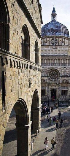 Bérgamo - Itália - collected by L for Italia! - www.linenlavenderlife.com - https://www.pinterest.com/linenlavender/italia/