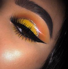 Eye Makeup Tips – How To Apply Eyeliner – Makeup Design Ideas Makeup On Fleek, Flawless Makeup, Cute Makeup, Glam Makeup, Pretty Makeup, Makeup Inspo, Makeup Inspiration, Beauty Makeup, Dramatic Makeup