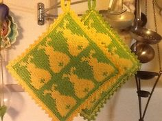 Ravelry: Påskehare Grytekluter pattern by Line Eriksen All Languages, Pot Holders, Ravelry, Sewing Projects, Knitting, Crochet, Pattern, Crafts, Easy