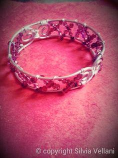 Bracciale wire in alluminio e cristalli Wire aluminium bracelet with crystals
