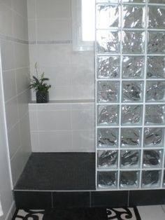 56 meilleures images du tableau Brique de Verre | Bathroom, Brick ...