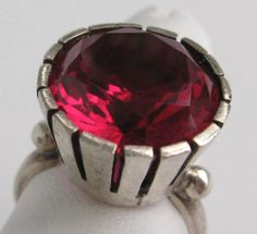 VINTAGE MID CENTURY MOD STERLING SILVER RUBY RING SIGNED ABC CUPCAKE SETTING