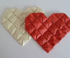 origami Picture of Paper heart decorations Modular Origami, Origami Folding, Origami Box, Paper Folding, Origami Paper, Diy Paper, Simple Origami, Origami Hearts, Paper Hearts