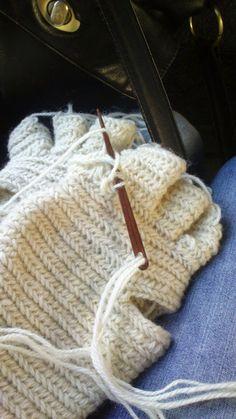 Needle Binding, Naalbinding or Nålbindning: Fingervantar!