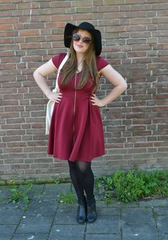 If you would like to see more of my #CURVY #FALL #SPRING #OUTFITS and #DRESSES you should visit my blog mysupersweetlife.nl #FALL #SPRING #OUTFITS #INSPIRATION #BLOG #BLOGGER #CURVY #FASHION #FASHIONISTA #DRESS