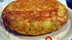 Tortilla Española a la Antonia: Der spanische Kartoffelkuchen Honestly, for a Spanish tortilla, I would even do bad things! Because only those who do not know the secret national dish Tortilla Espanola will not understand my statement … Bosnian Recipes, Croatian Recipes, Beef Recipes, Baking Recipes, Potato Cakes, Tasty, Yummy Food, Love Food, Appetizer Recipes