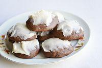 Bless Her Heart: Mrs. Medford's Ginger Creams #christmascookies