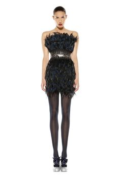 Bustier feather dress Feather Dress, Fall Winter, Formal Dresses, Fashion, Moda, Formal Gowns, Fasion, Trendy Fashion, Formal Evening Gowns