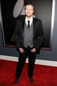 Blake Shelton looking sexy on the Grammy Red Carpet.   2012
