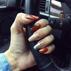 This fall is all about gorgeous patterns in rich shades of gold, red and more.Make your nails look as luxe as your jewelry by choose a few fall shades and add embellishment for an elegant manicure. #fall #nails