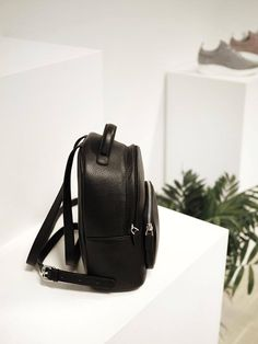 Ashley Mini ryggsekk sort jim rickey nerio Fashion Backpack, Backpacks, Mini, Bags, Handbags, Taschen, Purse, Purses, Backpack
