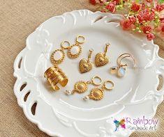 Handmade jewelry and more! Handmade Art, Handmade Jewelry, Earrings, Gold, Ear Rings, Stud Earrings, Handmade Jewellery, Ear Piercings, Jewellery Making