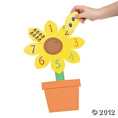 Counting Sunflower - seems easy enough Letter S Activities, Counting Activities, Letter A Crafts, Toy Craft, Craft Kits, Craft Ideas, Easy Art Projects, School Projects, Easy Crafts