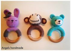 Gehaakte rammelaars, konijntje, aapje, beertje. Crochet rattle bunny monkey bear!