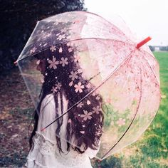 Brighten up even the gloomiest of rainy days with the cherry blossom umbrella! You'll be able to keep dry while walking under cherry blossom petals in an eternal spring with this romantic umbrella. Perfect for couples to share!