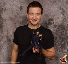 Jeremy Renner with Hot Toys in Tokyo Comic-Con!