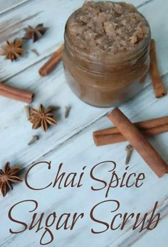 Chai Spice Sugar Scrub - Chai spice is a natural when it comes to sugar scrubs. It's a warm and yummy smelling scent and the spices are actually beneficial to your skin. #chai #chaispice #sugarscrub #fallskincare Sugar Scrub Recipe, Sugar Scrub Diy, Diy Scrub, Sugar Scrubs, Salt Scrubs, Bath Scrub, Homemade Skin Care, Diy Skin Care, Homemade Gifts