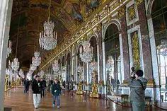 Image from http://www.bestourism.com/img/items/big/760/Versailles-Palace_Hall-of-Mirrors_3013.jpg.