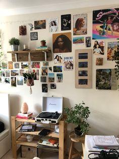 Room Design Bedroom, Room Ideas Bedroom, Bedroom Inspo, Bedroom Decor, Indie Room Decor, Cute Room Decor, Aesthetic Room Decor, Indie Bedroom, Pretty Room
