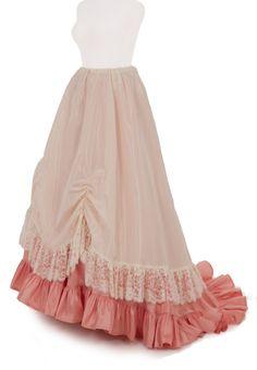 Perla Victorian Taffeta Overskirt w/Drawstring Waist in choice of Black Acetate Taffeta w/choice of Black Poly Lace Trim (rose underskirt not included)