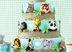 Top 9 Circus Cakes, Zoo Themed Birthday Cakes & Animal Cupcakes