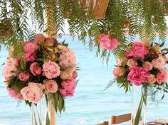 . . #fleriawedding #fleriaflowers  #fleriacreations #fleriateam #fleeialab #wedding #instawedding #love  #happiness #greece #greekislands  #islands #santorini #paros #mykonos #destinationwedding  #weddingplanners #weddingdecor #weddingphotography  #bouquet  #specialday #custommade #roses  #peonies  #hydrangeas Wedding Planner, Destination Wedding, Wedding Day, Mykonos, Santorini, Wedding Decorations, Table Decorations, Paros, Greek Islands