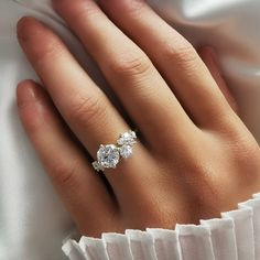 Diamond Cluster Ring, Diamond Wedding Rings, Diamond Rings, Pretty Wedding Rings, Black Diamond, Wedding Bands, Dream Engagement Rings, Different Engagement Rings, Popular Engagement Rings
