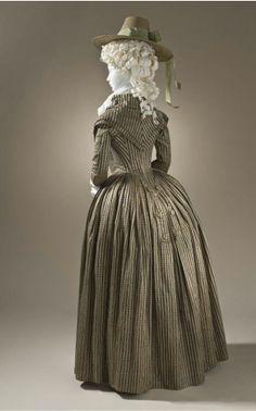 Redingote Gown via LACMA (Back View) M.2009.120 circa 1790 Silk and cotton satin and plain weave