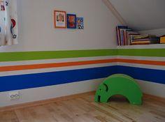 LidenSkapelse: Striper på veggen    Til barnerommene Kids Rugs, Home Decor, Decoration Home, Kid Friendly Rugs, Room Decor, Interior Design, Home Interiors, Nursery Rugs, Interior Decorating