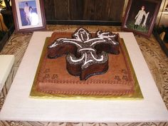 Louisiana Sportsman Fleur De Lis- potential grooms cake