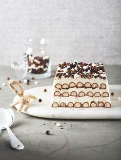 desserts Home Decor home decorators warehouse Desserts With Biscuits, No Bake Desserts, Delicious Desserts, Dessert Recipes, Honey Chocolate, Chocolate Desserts, Layered Deserts, Pastry Cake, Pavlova