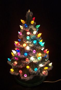 I want a vintage light-up Christmas tree!  I missed out on this one on eBay.  Apparently it went for just $16.50!!!